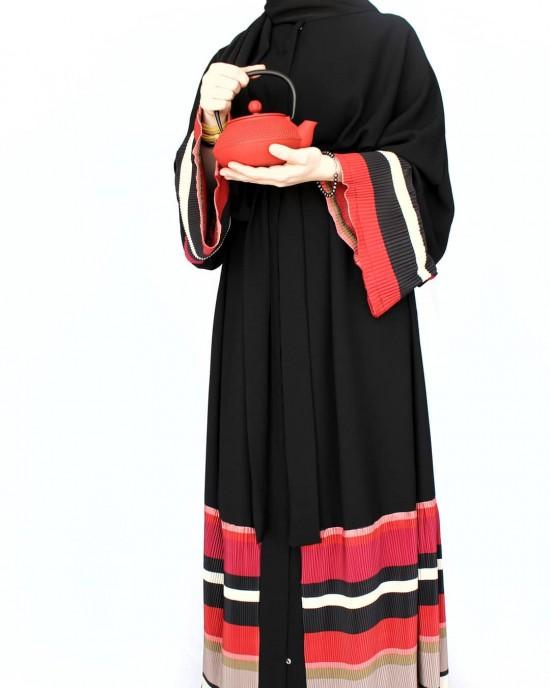 Black Line Detailed Abaya