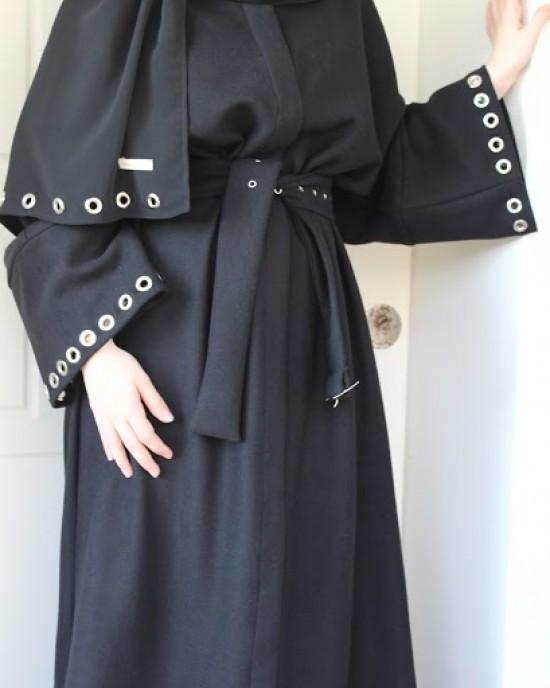 Birdeye Detailed Black Sash Abaya