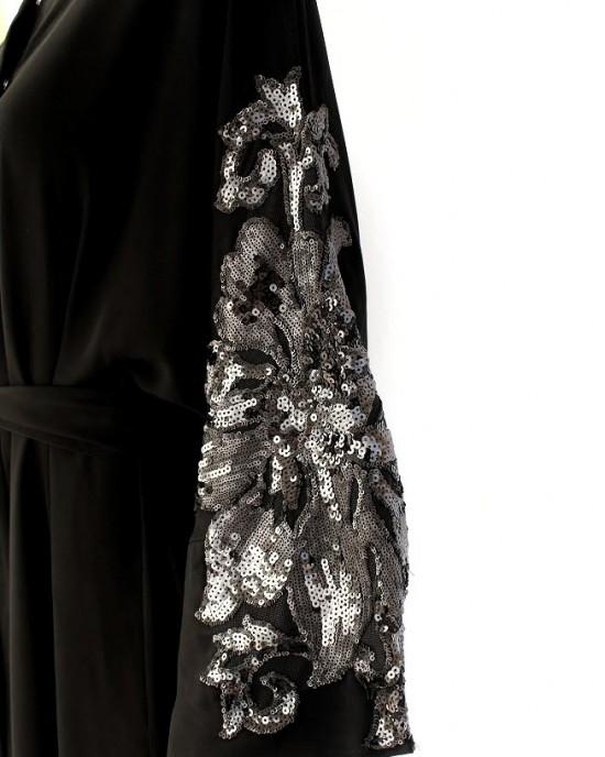 Black Lilies Abaya